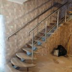 Перила для лестницы в квартире