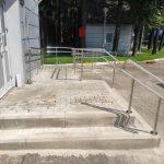 поручни лестницы и пандуса