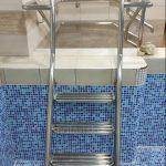 лестница в бассейн нержаавеющая